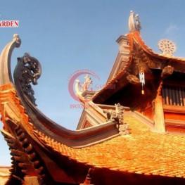 Thi công điêu khắc hoa văn mái chùa